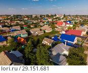 Купить «top view of one-story provincial city in Russia», фото № 29151681, снято 2 августа 2018 г. (c) Володина Ольга / Фотобанк Лори