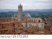 Купить «Duomo di Siena (Кафедральный собор) облачным сентябрьским днем. Сиена, Италия», фото № 29172053, снято 24 сентября 2017 г. (c) Виктор Карасев / Фотобанк Лори