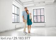 Купить «happy couple at new home», фото № 29183977, снято 8 июня 2018 г. (c) Syda Productions / Фотобанк Лори