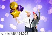 Купить «happy couple with party caps and balloons», фото № 29184505, снято 3 марта 2018 г. (c) Syda Productions / Фотобанк Лори