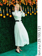 Купить «The Tenth Annual Veuve Clicquot Polo Classic at Liberty State Park - Red Carpet Arrivals Featuring: Nicole Kidman Where: Jersey City, New Jersey, United...», фото № 29193121, снято 4 июня 2017 г. (c) age Fotostock / Фотобанк Лори