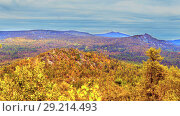 Купить «A rocky plateau against the backdrop of the top of the Great Shatak Mountain.», фото № 29214493, снято 6 сентября 2017 г. (c) Акиньшин Владимир / Фотобанк Лори