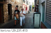 Купить «Hyperlapse street bars in Marmaris, Turkey. Resort city, sunny day. Tourists walk. Timelapse», видеоролик № 29231413, снято 19 октября 2018 г. (c) Сергей Тимофеев / Фотобанк Лори