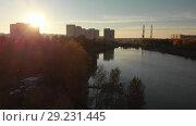 Купить «Flight On the Sunset over Shkolnoe lake in Zelenograd of Moscow, Russia», видеоролик № 29231445, снято 22 августа 2019 г. (c) Володина Ольга / Фотобанк Лори