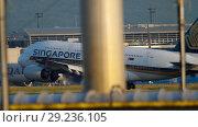 Купить «Airbus A380 approaching and landing», видеоролик № 29236105, снято 21 июля 2017 г. (c) Игорь Жоров / Фотобанк Лори