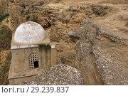 Купить «Azerbaijan, Maraza, Diri Baba Mausoleum.», фото № 29239837, снято 31 июля 2018 г. (c) age Fotostock / Фотобанк Лори