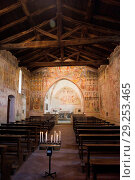 Купить «Italy, Lombardy, Abbadia Lariana, Church of S. Giorgio del Crebbio. The nave with a trussed ceiling is from the 12th century and the presbytery from the 14th to the 15th century.», фото № 29253465, снято 11 июня 2017 г. (c) age Fotostock / Фотобанк Лори