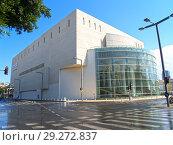 Купить «Театр Габима в Тель-Авиве. Израиль», фото № 29272837, снято 8 октября 2012 г. (c) Ирина Борсученко / Фотобанк Лори
