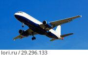 Купить «Passenger plane departing in afternoon», фото № 29296133, снято 20 июня 2019 г. (c) Яков Филимонов / Фотобанк Лори