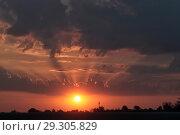 Купить «Рассвет осенью», эксклюзивное фото № 29305829, снято 23 сентября 2018 г. (c) Дмитрий Неумоин / Фотобанк Лори