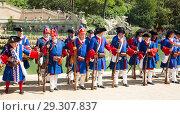 Купить «Costumed procession on National Day of Catalonia», фото № 29307837, снято 11 сентября 2018 г. (c) Яков Филимонов / Фотобанк Лори