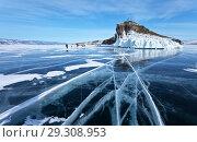 Купить «Frozen Lake Baikal. A group of tourists came on an excursion to the beautiful iced cape of Horin-Irgi or Cape Kobyliya Golova», фото № 29308953, снято 23 февраля 2013 г. (c) Виктория Катьянова / Фотобанк Лори