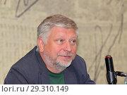 """Радиоведущий """"Вестей FM"""" Гия Саралидзе (2018 год). Редакционное фото, фотограф Сергей Соболев / Фотобанк Лори"""