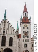 Купить «Late Gothic architecture, Old Town Hall and Talburgtor tower, oriel, historic centre, Munich, Upper Bavaria», фото № 29312353, снято 27 января 2018 г. (c) Николай Коржов / Фотобанк Лори