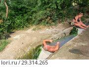 Купить «Купание в бесстыжих ваннах. Пятигорск», фото № 29314265, снято 12 августа 2012 г. (c) Oles Kolodyazhnyy / Фотобанк Лори