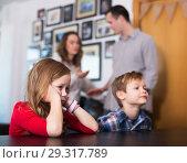 Купить «Parents having quarrel», фото № 29317789, снято 23 декабря 2016 г. (c) Яков Филимонов / Фотобанк Лори
