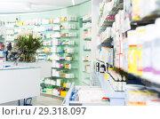 Купить «photo of the shelves with medicines», фото № 29318097, снято 26 марта 2018 г. (c) Яков Филимонов / Фотобанк Лори