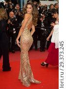 Купить «71st annual Cannes Film Festival - Burning - Premiere Featuring: Alessandra Ambrosio Where: Cannes, France When: 16 May 2018 Credit: Euan Cherry/WENN.», фото № 29373245, снято 16 мая 2018 г. (c) age Fotostock / Фотобанк Лори