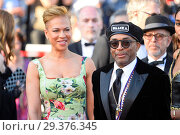 Купить «71st annual Cannes Film Festival - Closing Ceremony Featuring: Spike Lee, Tonya Lewis Lee Where: Cannes, France When: 19 May 2018 Credit: Euan Cherry/WENN.», фото № 29376345, снято 19 мая 2018 г. (c) age Fotostock / Фотобанк Лори
