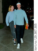 Patrick Schwarzenegger and his girlfriend Abby Champion at Craig'... (2018 год). Редакционное фото, фотограф WENN.com / age Fotostock / Фотобанк Лори