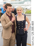 Купить «71st Annual Cannes Film Festival - 'Solo: A Star Wars Story' - Photocall Featuring: Alden Ehrenreich, Emilia Clarke Where: Cannes, France When: 14 May 2018 Credit: Euan Cherry/WENN.», фото № 29388469, снято 14 мая 2018 г. (c) age Fotostock / Фотобанк Лори