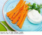 Купить «Carrot sticks with creamy dip», фото № 29394285, снято 25 марта 2019 г. (c) Яков Филимонов / Фотобанк Лори
