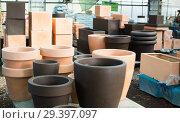 Купить «Illustration of clay pots for flowers», фото № 29397097, снято 23 февраля 2018 г. (c) Яков Филимонов / Фотобанк Лори