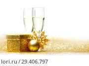 Купить «Champagne and gift», фото № 29406797, снято 25 сентября 2013 г. (c) Иван Михайлов / Фотобанк Лори