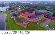 Купить «Старинная крепость-тюрьма Хамеенлинна ранним июльским утром (аэросъемка). Финляндия», видеоролик № 29410729, снято 21 июля 2018 г. (c) Виктор Карасев / Фотобанк Лори