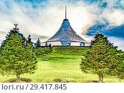 Купить «Казахстан. Астана. Торговый центр «Хан Шатыр»», фото № 29417845, снято 10 июня 2017 г. (c) Сергеев Валерий / Фотобанк Лори