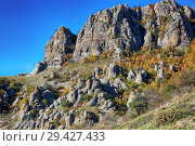 Купить «Beautiful view of the Demerdzhi Mountains in Crimea. Autumn in the valley of ghosts», фото № 29427433, снято 12 октября 2018 г. (c) Яна Королёва / Фотобанк Лори