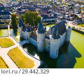 Купить «View of Chateau de Sully-sur-Loire», фото № 29442329, снято 11 октября 2018 г. (c) Яков Филимонов / Фотобанк Лори