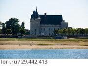 Купить «View of Chateau de Sully-sur-Loire», фото № 29442413, снято 11 октября 2018 г. (c) Яков Филимонов / Фотобанк Лори