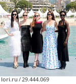 Купить «71st annual Cannes Film Festival - '355' - Photocall Featuring: Lupita Nyong'O, Fan Bingbing, Jessica Chastain, Penelope Cruz, Marion Cotillard Where:...», фото № 29444069, снято 10 мая 2018 г. (c) age Fotostock / Фотобанк Лори