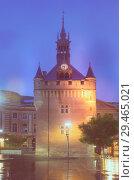 Купить «Night view of Donjon du Capitole, Toulouse», фото № 29465021, снято 11 мая 2017 г. (c) Яков Филимонов / Фотобанк Лори