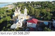 Купить «Panoramic aerial view historical part of the Murom with Oka, Russia», видеоролик № 29508297, снято 28 июня 2018 г. (c) Яков Филимонов / Фотобанк Лори