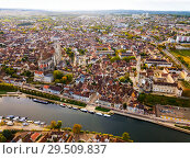 Купить «Aerial view of famous old town Auxerre with river in France», фото № 29509837, снято 11 октября 2018 г. (c) Яков Филимонов / Фотобанк Лори