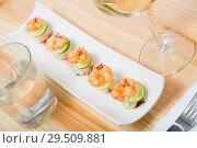 Купить «Grilled shrimps on rice balls», фото № 29509881, снято 17 декабря 2018 г. (c) Яков Филимонов / Фотобанк Лори