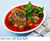 Купить «Tomato soup with lamb», фото № 29523429, снято 16 августа 2018 г. (c) Яков Филимонов / Фотобанк Лори