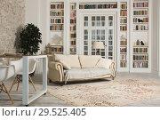 Купить «Luxurious interior in the vintage style», фото № 29525405, снято 19 августа 2018 г. (c) Дмитрий Черевко / Фотобанк Лори