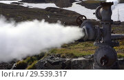 Купить «Natural thermal mineral steam-water emission from geological well», видеоролик № 29539317, снято 26 сентября 2018 г. (c) А. А. Пирагис / Фотобанк Лори
