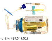 Купить «Intravenous antibiotics bottle (Baxter Intermate) and delivery system.», фото № 29549529, снято 8 мая 2017 г. (c) age Fotostock / Фотобанк Лори