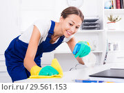 Купить «woman cleaner in office», фото № 29561153, снято 19 декабря 2018 г. (c) Яков Филимонов / Фотобанк Лори