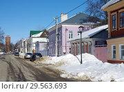 Купить «Зарайск, улица Красноармейская зимой», фото № 29563693, снято 9 марта 2018 г. (c) Natalya Sidorova / Фотобанк Лори