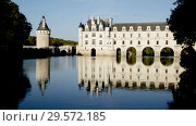 Купить «View of famous castle of Loire valley - Chateau de Chenonceau spanning Cher river, France», видеоролик № 29572185, снято 27 октября 2018 г. (c) Яков Филимонов / Фотобанк Лори