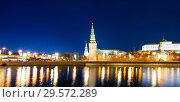 Купить «View of the Moskva River and the Kremlin (at night), Moscow, Russia--the most popular view of Moscow», фото № 29572289, снято 24 марта 2018 г. (c) Владимир Журавлев / Фотобанк Лори