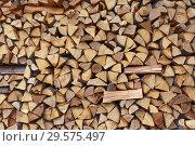 Купить «chopped firewood background», фото № 29575497, снято 12 мая 2017 г. (c) Михаил Коханчиков / Фотобанк Лори