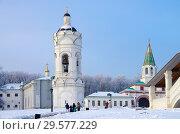 Купить «Церковь Георгия Победоносца, Коломенское, Москва», фото № 29577229, снято 17 декабря 2018 г. (c) Natalya Sidorova / Фотобанк Лори