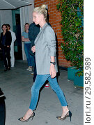 Nicky Hilton was Out For Dinner at 'Mr. Chow' restaurant in Beverly... (2018 год). Редакционное фото, фотограф WENN.com / age Fotostock / Фотобанк Лори