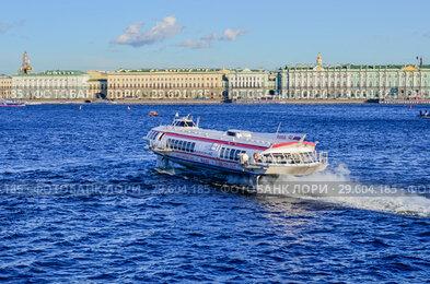 Перевозка пассажиров судном на подводных крыльях